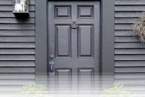 פורץ דלתות בקריות